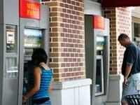 סניף של בנק וולס פארגו / צילום: רויטרס, Mario Anzuoni