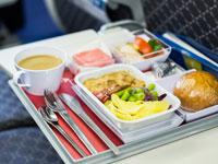 ארוחה במטוס / צילום: א.ס.א.פ קרייטיב  Shutterstock