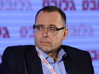 """עו""""ד צבי האוזר, לשעבר מזכיר הממשלה / צילום: איל יצהר"""