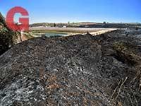 המאגר בניר עם. רכס שרוף אחרי רכס שרוף / צילום: אייל פישר