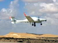 """מטוס מאויש שעבר התאמה למטוס ללא טייס של אירונאוטיקס  / צילום: יח""""צ"""