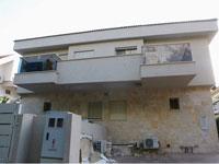 הבית שהוקם על המגרש בנתניה/ צילום: שלומי יוסף