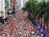 הפגנה בהונג קונג. הסלמה בהתנגשויות בין המפגינים למשטרה / צילום: shutterstock, שאטרסטוק