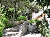 מדרגות בני האור - רחוב הנרייטה סולד ורחוב וינגייט בחיפה / צילום: פאול אורלייב