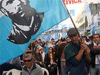 כינוס לקראת הבחירות לנשיאות באורוגוואי, שייערכו ביום ראשון / צילום: Andres Cuenca, רויטרס