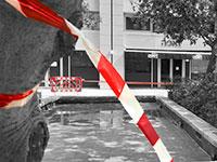 """הבריכה במגדלי זיו, שבה התחשמל איתמר יוסף פוקס ז""""ל / צילום: ניב אהרונסון, וואלה! חדשות"""
