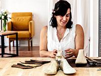 טל ארבל, מעצבת ובעלים של מותגי תיקים ונעליים / צילום: יניב סיסו