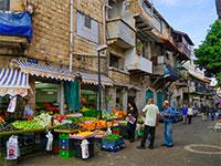 חנויות בעיר התחתית בחיפה / צילום: shutterstock