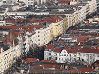 בנייני מגורים בשכונת שרלוטנבורג בברלין / צילום: Fabrizio Bensch, רויטרס