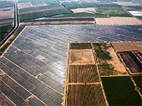 """פרויקטים סולאריים של חברת אנלייט ומערכת של חברת סולאראדג' / צילום: יח""""צ"""