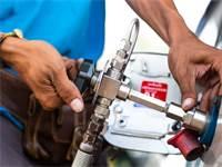 תדלוק בגז טבעי / אילוסטרציה: שאטרסטוק