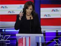 קמאלה האריס בעת העימות הטלוויזיוני בין המתמודדים הדמוקרטים / צילום: מייק סגר, רויטרס