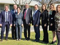 נשיא אוסטריה אלכסנדר ון דר בלן בביקור ב-JVP / צילום: אורי ברקוביץ'
