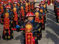 חזרה לקראת חגיגות ראש השנה הסיני במקדש האדמה בבייג'ינג / צילום: Thomas Peter, רויטרס