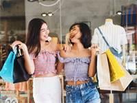 הסינים מגלים את האאוטלטים ומתחמי הקניות הגדולים באירופה ובארצות הברית/צילום: Shutterstock/א.ס.א.פ קר