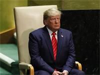 """דונלד טראמפ ממתין לנאום במליאת האו""""ם / צילום: לוקאס ג'קסון, רויטרס"""