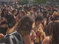 משתתפות צעדת השרמוטות 2019 בכיכר רבין / צילום: @theFeministit
