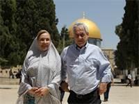 נשיא צ'ילהסבסטיאן פיניירה ואשתו בהר הבית / צילום: Ammar Awad, רויטרס