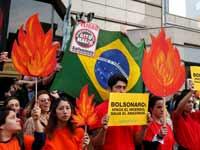 הפגנה נגד בולסונארו בצ'ילה / צילום: רויטרס - Rodrigo Garrido