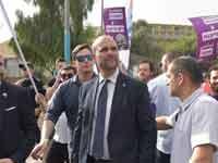 השר אמיר אוחנה במצעד הגאווה בירושלים / צילום: וואלה ניוז - ניב אהרונסון