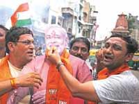 זבנג וגמרנו: הודו מחלקת את קשמיר במהירות מסחררת