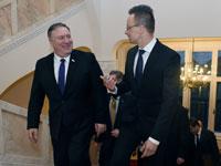 מזכיר המדינה מייק פומפיאו עם שר החוץ ההונגרי פטר שיירטו / צילום: רויטרס