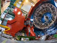 """גלאי """"אליס"""" שמתעד את ההתנגשויות במאיץ החלקיקים הגדול בעולם/צילום:  CERN"""
