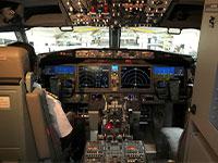 תא הטייס במטוס Boeing 737 MAX 8 / צילום: רויטרס