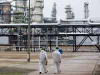 מתקן הפקת נפט/  צילום: רויטרס, Axel Schmidt