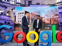 """סונדר פיצ'אי, מנכ""""ל גוגל (מימין) / צילום: רויטרס / HANNIBAL HANSCHKE"""