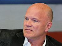 """מייק נובוגרץ, מנכ""""ל בנק השקעות הקריפטו גלקסי דיגיטל / צילום: רויטרס"""