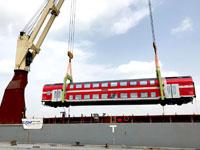 פריקת קרונות בנמל חיפה / צילום: דוברות רכבת ישראל, סיגל ספנות