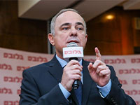 יובל שטייניץ, ניידת הבחירות של גלובס / צילום: כדיה לוי