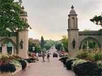 """אוניברסיטת אינדיאנה. """"קונים דירות לילדים שלומדים""""  / צילום: shutterstock, שאטרסטוק"""