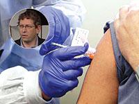 """ניסוי בחיסון של מודרנה. בעיגול: ד""""ר טל זקס / צילום: Ted S. Warren / AP, יוטיוב"""