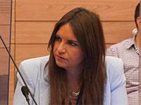 קרן ברק שמקדמת את החוק בועדת החוקה, השבוע / צילום: שמוליק גרוסמן, דוברות הכנסת