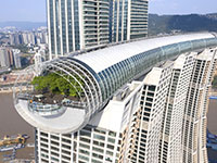 פרויקט Raffles City של האדריכל משה ספדי בצ'וֹנְגצִ'ינְג שבסין  / צילום: Shao Feng