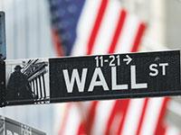 שלט רחוב בוול סטריט, ניו יורק / צילום: Mike Segar, רויטרס