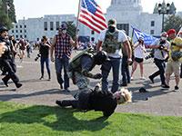 """הפגנה בארה""""ב. """"החילונים נתנו דרור לכל צורה של פתולוגיה חברתית״ / צילום: Carlos Barria, רויטרס"""