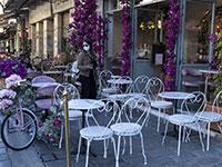 שדרה מרכזית באתונה, יוון, בתקופת הקורונה / צילום: Yorgos Karahalis, Associated Press