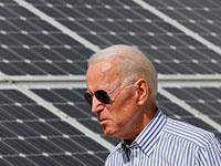 ביידן מסייר בחוות אנרגיה סולארית בניו המפשייר, 2019 / צילום: Brian Snyder, רויטרס