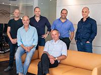 מנהלי פרגרין מימין לשמאל: ליאור שחורי, דודי אלדר, איל ליפשיץ, תמיר טל, בועז ליפשיץ, טל קרסו / צילום: Peregrine Ventures