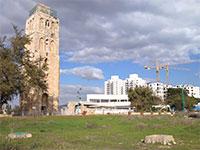 המגדל הלבן שבמרכז רמלה / צילום: גיא נרדי