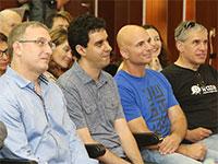 מייסדי ווייז, משמאל לימין: אהוד שבתאי, נועם ברדין ואורי לוין, בעת הענקת פרס רומאנסיאנו / צילום: קובי קנטור