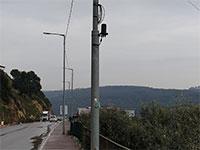חיבורים פיראטיים על עמוד בירכא / צילום: תמונה פרטית