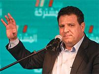 """איימן עודה, יו""""ר הרשימה המשותפת במטהו, אמש / צילום: Mahmoud Illean, Associated Press"""