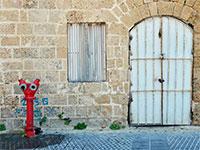 """מחסן בתל אביב. מחסן לא ייחשב כדירה בפרויקט תמ""""א 38 / צילום: shutterstock, שאטרסטוק"""
