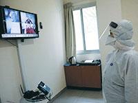 חדר אשפוז לחולי קורונה בבית החולים שיבא. מודל הרפואה הדיגיטלית מאפשר טיפול יעיל ובטוח יותר  / צילום: שאול גולן