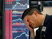 סוחר מיואש בבורסת וול סטריט על רקע הירידות החדות / צילום: Associated Press