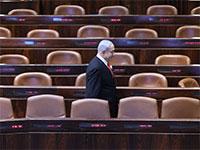 בנימין נתניהו במליאת הכנסת הריקה בצל הקורונה / צילום: גדעון שרון, דוברות הכנסת
